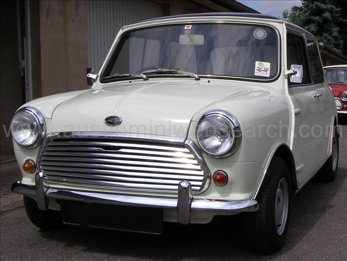 Austin Mini Color Panel White